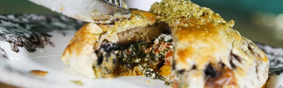 the-wandering-kitchen-mushroom-wellington-slider