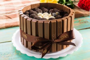 kids favorite Juicy chocolate cake
