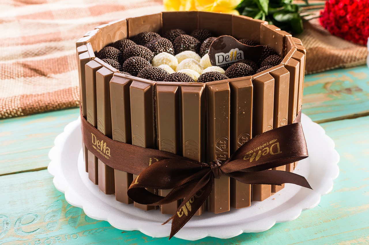 kids favorite Juicy chocolate cake